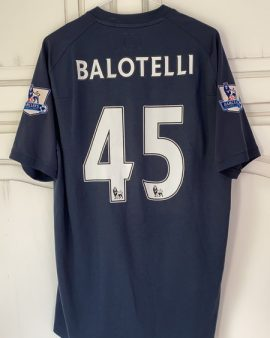 Maillot extérieur Manchester City Balotelli taille 44