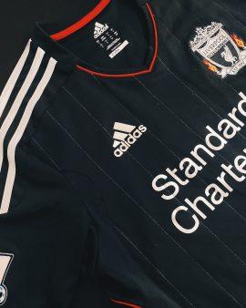 Suarez Liverpool 11/12 Away