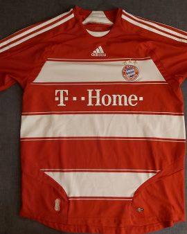 Bayern Munich – Large