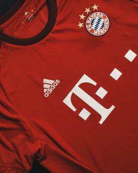 Thiago Bayern 15/16 Home Shirt