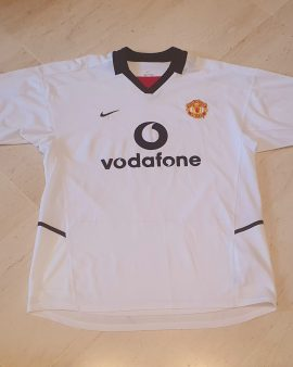 2002 – 2003 Manchester United away shirt Excellent condition size L
