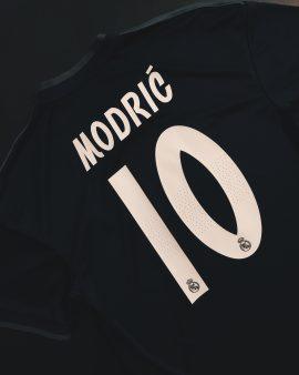 Modric Real Madrid 18/19 Away Shirt