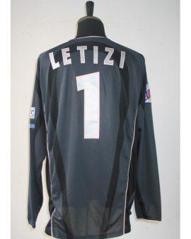 Maillot PSG porté par LETIZI