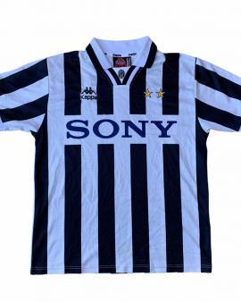 1995 97 JUVENTUS HOME FOOTBALL SHIRT – S