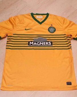 2013-14 Celtic Glasgow Away Shirt size XL Excellent condition