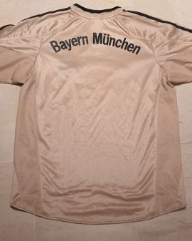 2004-05 Bayern Munchen Away Shirt size M Excellent condition