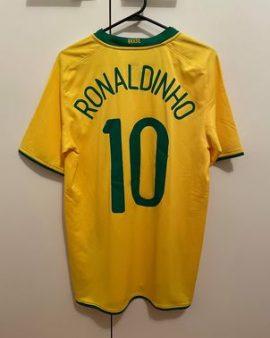 Brazil 2008/10 Home Kit (Ronaldinho)