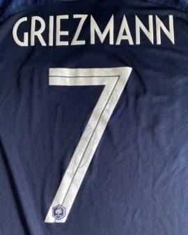Maillot de l'équipe de France signé par Griezmann