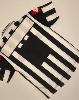 Juventus Home Shirt 01/02 Size L